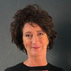 Kirsten Lang - Consultant Coach Trainer - Traineroo Talent Development